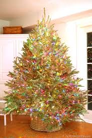 how to string lights on a tree my style christmas tree lighting tips in my own style