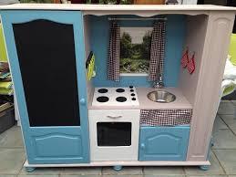 fabriquer cuisine enfant meuble cuisine enfant le bois chez vous