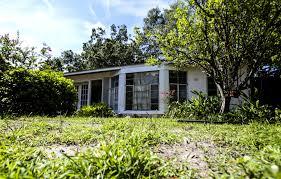 Zombie House Orlando U0027s U0027zombie U0027 Foreclosures Tougher To Find Orlando Sentinel