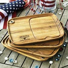 cutting board plates 14 best restaurant ideas images on acacia wood
