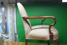 How Much Does It Cost To Reupholster A Chair Do You Want To Learn How To Upholster Furniture Kim U0027s Upholstery