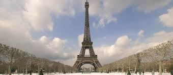 the eiffel tower paris