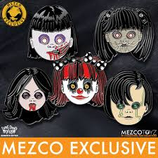 halloween pins living dead dolls resurrection xi pins mezco toyz