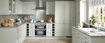 greenwich shaker grey kitchen range kitchen families howdens