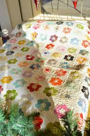 the quilt barn hexagon flower quilt tutorial english paper