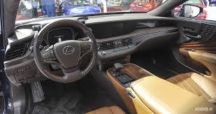 xe lexus moi điểm mặt dàn xe mới tại triển lãm ôtô việt nam 2017 1 autodaily