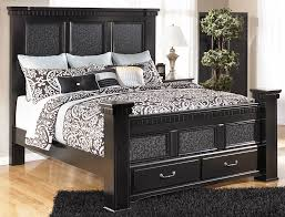 Signature Bedroom Furniture Cavallino Mansion Queen Size Bed With Storage Footboard By