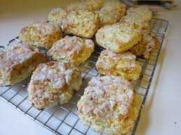 she who makes oat cottage cheese biscuits