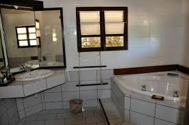 badezimmer mit eckbadewanne badezimmer mit eckbadewanne picture of le paradisier ifaty