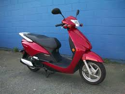 any one got the honda elite 110 aka honda lead 110 in europe