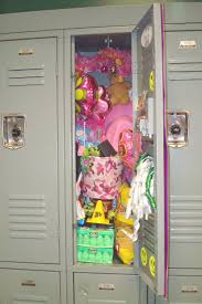 Ideas For Decorating Lockers Best 25 Locker Decorations Ideas On Pinterest Girls Locker