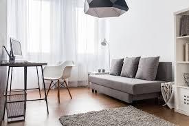 kleine wohnzimmer einrichten sofa kleines wohnzimmer einrichten tipps und tricks welches