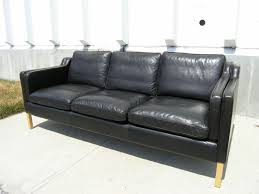 Leather Modern Sofa by Best 25 Black Leather Sofas Ideas On Pinterest Black Leather