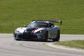 Dodge Viper Race Car - 2016 viper acr is chrysler u0027s racecar for the street u2013 big aero