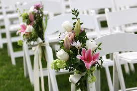 wedding flowers arrangements the 12 best wedding flowers in season