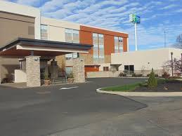 home comfort gallery and design troy ohio holiday inn express u0026 suites wapakoneta hotel by ihg