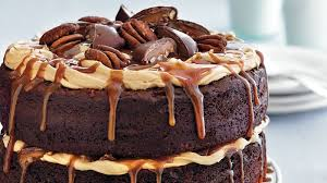chocolate turtle layer cake recipe bettycrocker com