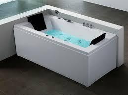 Soaker Bathtubs Top Benefits Of The Soaker Tub With Jets Decorideasbathroom Com