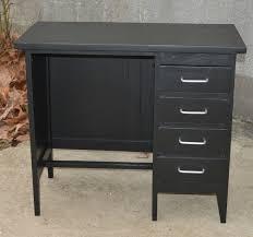 petit bureau noir bureau ées 60 noir adulte la brocanteuse