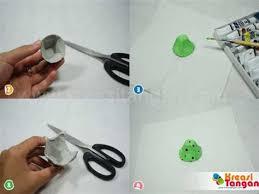 membuat mainan dr barang bekas collection of membuat kolase dari barang bekas dinding karya cara
