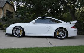 2010 porsche gt3 a porsche gt3 with back seats yea i right