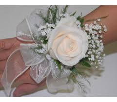 Prom Wristlets Prom Flowers For Toronto Proms