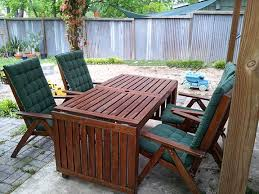 Patio Table Wood How To Restore Dry Faded Wooden Outdoor Furniture Clever