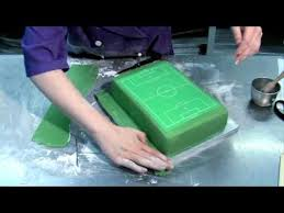 how to make a cake for a boy how to decorate a soccer field football pitch cake