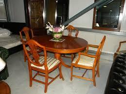 Esszimmer Neustadt Chesterfield Esszimmer Mit 5 Stühlen Chesterfield Möbel