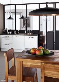 cuisine metal maison bois contemporaine magnifique cuisine bois et metal luxe