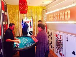 Cheap Table And Chair Rentals In Los Angeles Los Angeles Partyworks Inc Equipment Rental Interactive Games