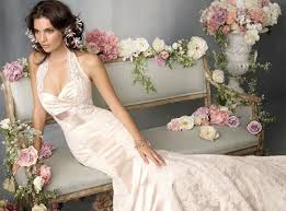 form fitting bridesmaid dresses form fitting lace wedding dress 2013