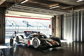 Porsche 919 Hybrid Lmp1 Racer Features 800 Volt Battery Technology