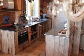 plan de travail cuisine en zinc vieux bois et zinc s allient à merveille plans de travail en