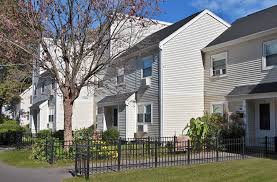 3 Bedroom Apartments In Springfield Mo Pynchon Edgewater Apartments