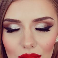 Make Up make up inspiration mountains clothes