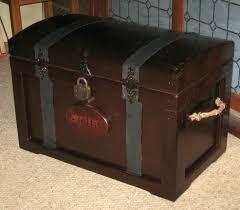 cedar chest u0026 steamer trunks photo gallery