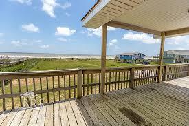 Beach House Rentals Maui - maui beach house rental with water views in surfside beach texas