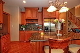 16 kitchen cabinets windsor ontario kitchen cabinets with a