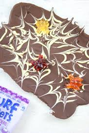 easy 3 ingredient vegan chocolate bark halloween style