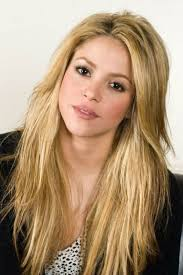 what color is shakira s hair 2015 long hair with layers pretty blonde girl tumblr blonde girl long