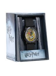 harry potter hogwarts crest rubber strap watch topic