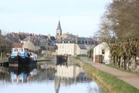 chambre d hote chatillon en bazois le canal du nivernais photo de le couvent en bazois chatillon en