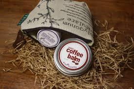 chagne gift set gift for women lip balm gift set in change wallet violetta