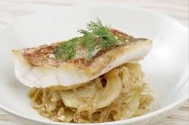 comment cuisiner la rascasse recette de filet de rascasse fenouil braisé oignons pissaladière