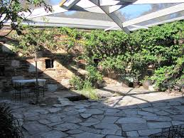 file baker house courtyard jpg wikimedia commons