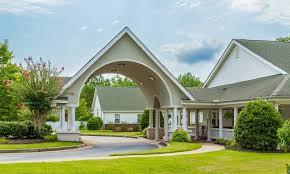 Nursing Homes In Atlanta Ga Area Senior Living In Roswell Ga Near Alpharetta The Phoenix At Roswell