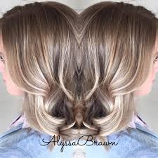 pictures of blonde highlights on natural hair n african american women dark root balayage highlights soft natural short hair beachy