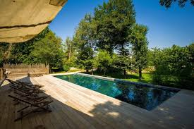 cassis chambre hote location chateau en provence avec piscine privee