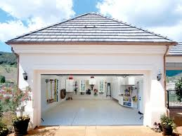 transformer un garage en chambre prix transformer un garage en à vivre quel budget moyen prévoir